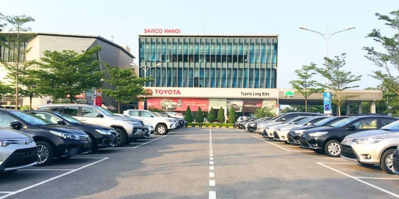 Khu vực để xe của Đại lý Toyota Long Biên