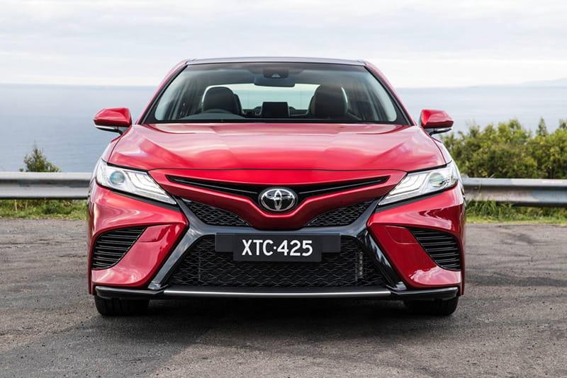 Toyota Camry 2018 ra mắt tại Australia: Thiết kế mạnh mẽ hơn