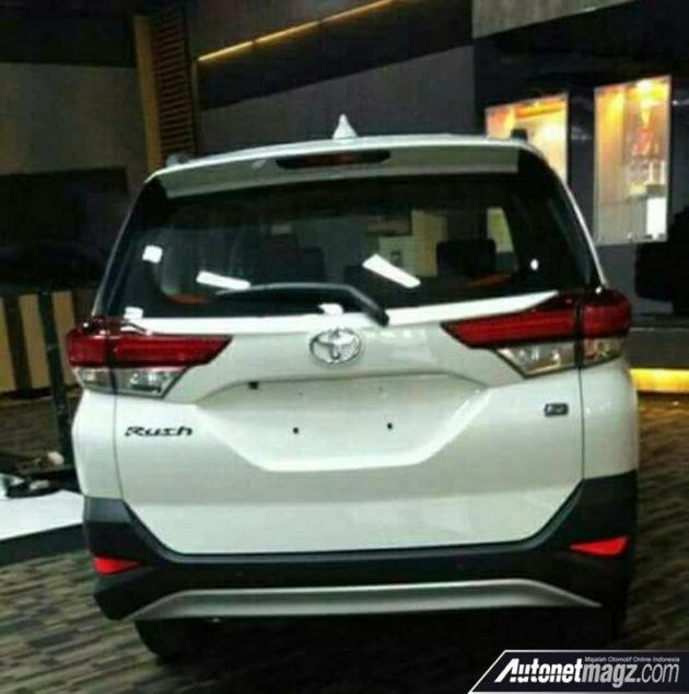 Toyota chuẩn bị ra mắt Toyota Rush 2018 vào cuối tháng 11