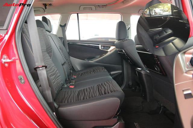 Toyota Innova vừa mới về Việt Nam bị cắt nhiều trang bị