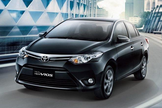 Toyota Long Biên tiếp tục giảm giá xe so với niêm yết