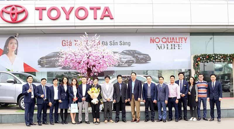 Chào mừng TMV và TDEM tới thăm Toyota Long Biên