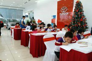 """Toyota Long Biên hưởng ứng Cuộc thi Vẽ tranh Quốc tế Toyota """"Chiếc ô tô mơ ước"""""""
