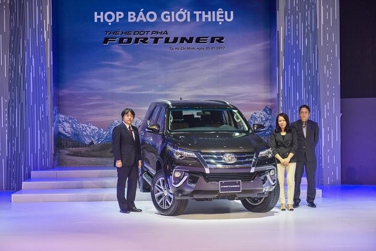 Toyota Việt Nam bán ra gần 60.000 xe trong năm 2017