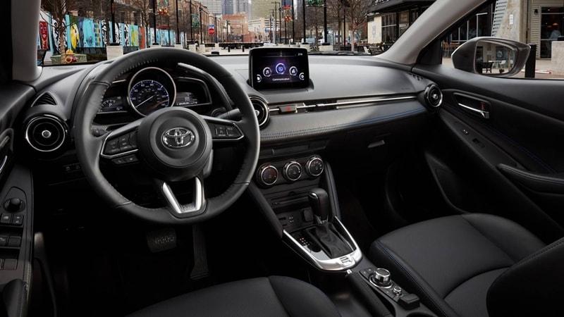 Toyota Yaris sedan 2019 lộ diện - Toyota Long Biên